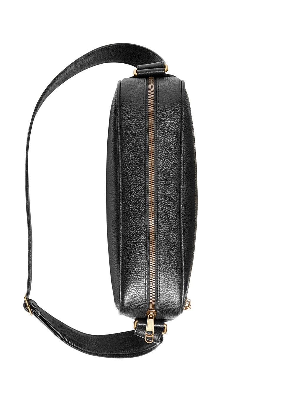 4a29141a3f44 gucci LOGO SHOULDER BAG available on montiboutique.com - 25059